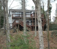Wonderful lake house on lake lanier