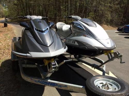 2011 Yamaha FX Cruiser & 2012 Yamaha VXR Waverunner